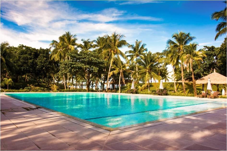 Facilities montemar beach club for Beach resort in bataan with swimming pool